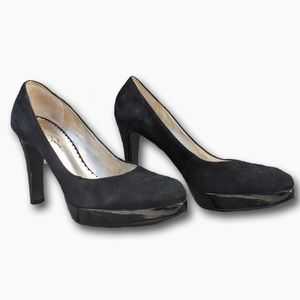 JESSICA SIMPSON | FAUX SUEDE LEATHER PLATFORM HEEL